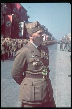 Freiherr von Richtofen, chief officer of Legion Condor.In Berlin on its return from Spain, 1939 |