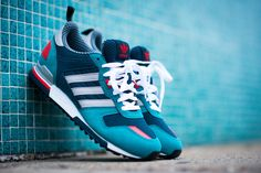 adidas Originals ZX 700: Aqua/Navy/Red