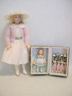 HELLO DOLLY: Marilyn with her Mary, Mary, Quite Contrary Doll-trunk