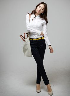 Ladies white cotton long sleeved blouse. $9.98