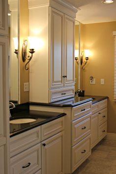 Wdc bathroom designs on pinterest for Black and cream bathroom ideas