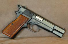 Browning Hi Power - T-Series - Made in Belgium - desired original grips  Find our speedloader now!  www.raeind.com  or  http://www.amazon.com/shops/raeind