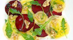 Carpaccio is één van mijn favoriete voorgerechten. Deze vegetarische versie is een keer iets anders en ook heel erg lekker!