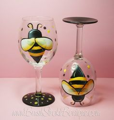 Items similar to Hand Painted Wine Glass - Buzzy Bee - Personalized and Custom Wine Glasses for Birthday, Wedding, Party, Special Occasions on Etsy Diy Wine Glasses, Custom Wine Glasses, Hand Painted Wine Glasses, Wine Glass Crafts, Wine Bottle Crafts, Wine Bottle Art, Bottle Vase, Bottles, Wine Glass Designs