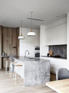 Step Inside This Modern Beach House in Victoria's Mornington Peninsula via @MyDomaineAU