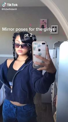 Cute Poses For Pictures, Poses For Photos, Poses For Selfies, Fashion Photography Poses, Fashion Poses, Mirror Photography, Best Photo Poses, Picture Poses, Modeling Tips