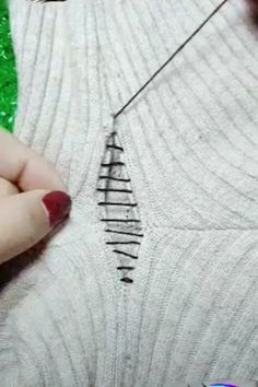 10 Ways to Mend and Repair Clothes Using EmbroideryStitch Your Life Together with These 8 Clever Sewing Hacks!Quick and easy ways to help you sharpen your sewing skills (pun intended), we came up with the seven sewing hacks you should keep in your ba Sewing Hacks, Sewing Tutorials, Sewing Crafts, Sewing Tips, Diy Crafts, Sewing Stitches, Embroidery Stitches, Sewing Patterns Free, Free Sewing