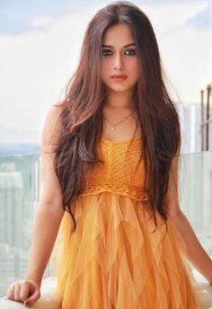 Jannat zubair-Hot Model and Actress collection Stylish Photo Pose, Stylish Girls Photos, Teen Celebrities, Indian Celebrities, Girl Pictures, Girl Photos, Girl Pics, Teen Girl Poses, Stylish Sarees