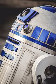5/7/14 . . . after watching a few of the Star Wars films, I've decided R2-D2 is my favorite. He's so sassy!