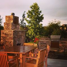 The nice weather is finally here! Time to enjoy your outdoor spaces. Or create the outdoor space of your dreams! #hunkeconstruction #hunkeprojects #outdoors #dreamspace #patio #deck