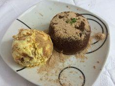 Na Cozinha com os J's: Petit Gateau ou Fondant de chocolate com gelado de... Fondant, Chocolate, Muffin, Breakfast, Food, Cook, Recipes, Morning Coffee, Essen