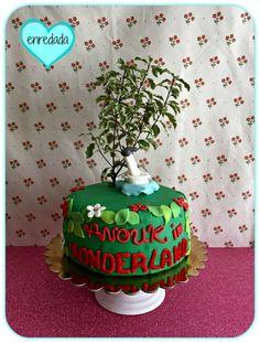 enredada en...: SWEET LAB: WONDERLAND CAKE