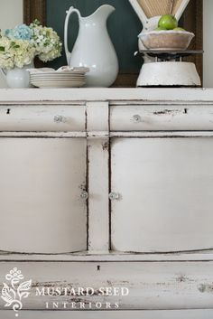 miss mustard seed   farmhouse white buffet   miss mustard seed prepares an antique buffet for the Lucketts Spring Market using Miss Mustard Seed's Milk Paint Farmhouse White and Tough Coat
