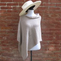 Poncho court sable