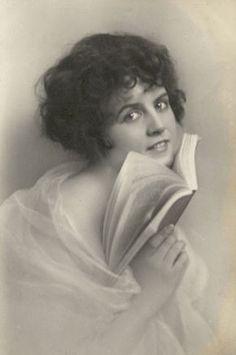 vintage photo book read