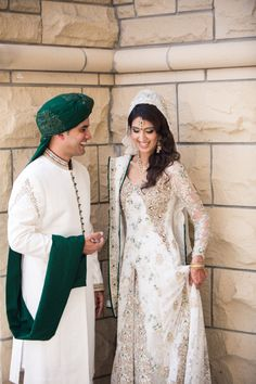 I'm sorry but can we please take a moment to realize how spectacular, gorgeous, beautiful and elegant this white and green dress is?!?! And how wonderfully the groom is coordinated. Such simple colors and just amazingly grand outfits!!!! Gah!!!!!!   Photo by:Dave Abreu