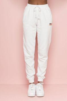 Just sweatpants in genral PINK or Brandy Nur Jogginghose in ROSA oder Brandy Cute Lazy Outfits, Funky Outfits, Chill Outfits, Teenage Outfits, Sport Outfits, Casual Outfits, Fashion Outfits, Cute Sweatpants Outfit, Cute Pants