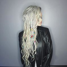 hippie hair 85357355425490267 - Dreads Hair Source by YabyumRowanroot Half Dreads, Partial Dreads, Blonde Dreads, White Girl Dreads, Dreads Girl, Dread Braids, Dreadlock Styles, Dreads Styles, Dreadlock Extensions