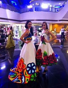 Mexican Costume, Mexican Outfit, Mexican Dresses, Mexican Clothing, Royal Dresses, Modest Dresses, Nice Dresses, Prom Dresses, Vestido Charro