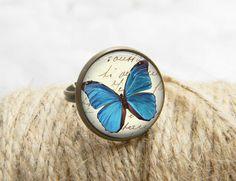 Art bague papillon papillons bijoux impression Photo bague cadeau pour son (014) par PrintGlass sur Etsy https://www.etsy.com/fr/listing/176589776/art-bague-papillon-papillons-bijoux