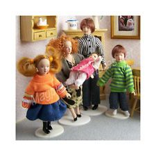 Dolls House-Modern Family-5 Piece Set