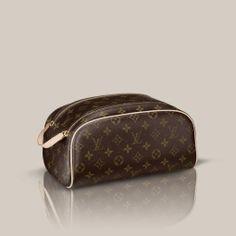 8f48743338bb King size Toiletry Bag via Louis Vuitton Travel Purse