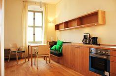 #Einbauküche mit #Sitzecke                               © www.buchenblau.de