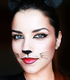 5 Pretty Halloween Looks That Only Require Eyeliner Halloween halloween makeup easy cat - Halloween Makeup Cat Halloween Makeup, Halloween Looks, Easy Halloween, Cat Costume Makeup, Diy Halloween Face Paint, Adult Cat Costume, Simple Halloween Makeup, Black Cat Halloween Costume, Raccoon Costume