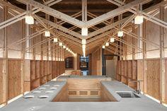 La ristrutturazione di B+P Architects a Taipei non occulta ed elimina le tracce del tempo ma, con una struttura di legno indipendente, crea una nuova stratificazione.