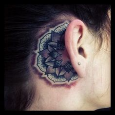 mother fucker i swear im getting this. well that kinda design behind my ear. it has to happen.