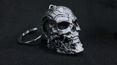 Llavero con la cara de endoesqueleto de Terminator