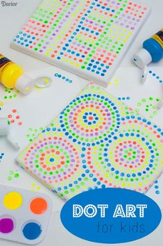 Dot art is a fun, interactive art project for kids of all ages! It's a very easy setup, all you need is paint, Q-tips and canvas! | #ArtInSchool #SimpleArtActivity #ArtForAllAges #ArtAndFineMotorSkills
