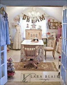 vintage style shabby chic office design. Lara Blair Image Of A Beautiful Vintage Style Work Space. Shabby Chic Office Design