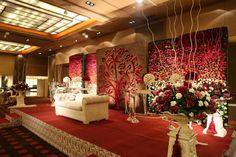 Stunning stage decor in all white and gold love these huge glass karan and sangini indoor indian wedding decor ideas floral walls vertical garden vintage victorian english theme decor stage backdrop for with junglespirit Image collections