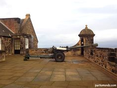 One o'clock gun @ Edinburgh Castle - Edinburgh (Scotland)