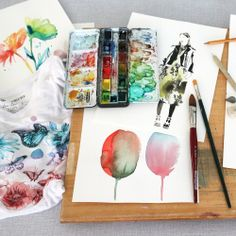 Tools of the trade w/ our girl Esra Roise! Love seeing our collab tee alongside her actual artwork… #edenadvocate