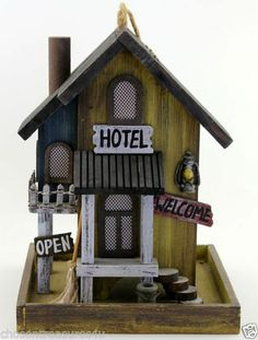 "HOTEL MOTEL BIRD FEEDER YARD DECOR GARDEN BIRD SEED 7.5X10"" display OVERNIGHT ST"