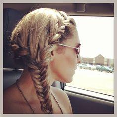 Summer hair: fishtail braid