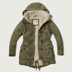 Abercrombie & Fitch Sherpa Lined Twill Parka (165 CAD) ❤ liked on Polyvore featuring outerwear, coats, jackets, olive, olive green coat, olive green parka coat, sherpa lined coat, abercrombie & fitch and army green parka