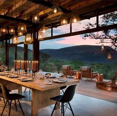 Marataba Trails Lodge is the perfect location for a malaria-free walking safari to see the Big Five. Explore this stunning region when you stay at this South Africa safari lodge. Future House, My House, Mountain Homes, Mountain Cabins, Modern Mountain Home, Mountain Living, Mountain Art, My Dream Home, Beautiful Homes