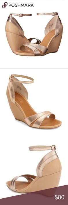 ✨NWT✨ Seychelles Rose Gold Sandal Wedge ✨NWT✨ Seychelles Leather Rose Gold Sandal Wedge - choice heel- never worn perfect condition- super comfortable—comes in original box Seychelles Shoes Wedges