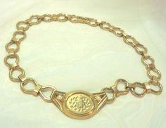 Monet Engraved Faux Pearl Necklace Circle 8 Chain #Monet #Chain