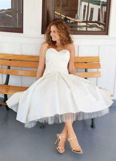 Short Wedding Dresses Lea-Ann Belter 1 | Weddingbells.ca