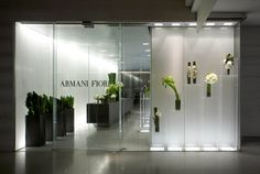 Armani / Fiori store in Hong Kong by Massimiliano Fuksas Bar Interior Design, Signage Design, Modern Interior, Flower Shop Decor, Flower Shop Design, Luxury Lighting, Cool Lighting, Commercial Design, Commercial Interiors