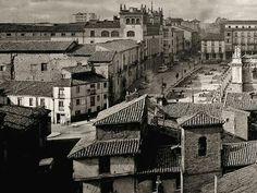 León, fotos antiguas, plaza de la catedral.