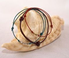 How to Make Slip Knots for a Leather Cord Bracelet