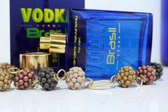 Et une magnifique Vodka Brasil Blue ! C'est la tendance ;) Merci  Rennata Ferreira ! (Août.2015)