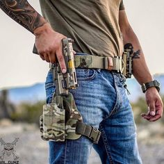 Tactical Pistol, Tactical Life, Kydex Holster, Tactical Gear, Weapons Guns, Guns And Ammo, Battle Belt, Military Gear, Military Soldier
