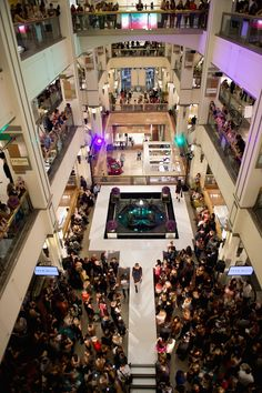 Highlights: Chicago's Fashion's Night Out!
