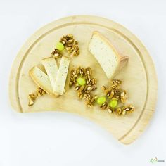 #Handmade cheese from Hungary http://amisajtunk.hu/